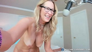 Milf Jess Ryan: What Camgirls Do Private C2C Anal Show On Streamate