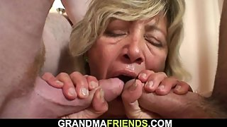Young thiefs bang very hot mature mommy