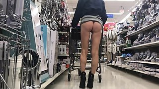 BUBBLE BUTT STEP MOM SHOWING OFF IN WALMART ISLES