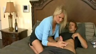 Step mom pleases son upon waking