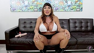 Ava Devine is an Anal Gaping Whore